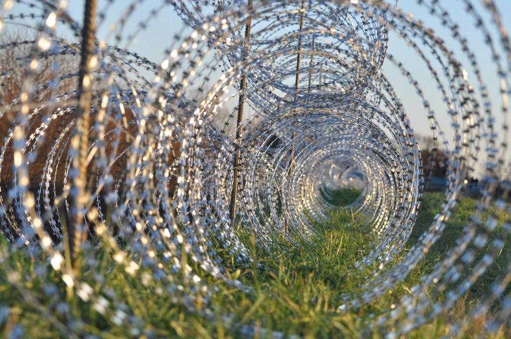 Der Stacheldrahtzaun an der kroatisch-slowenischen Grenze